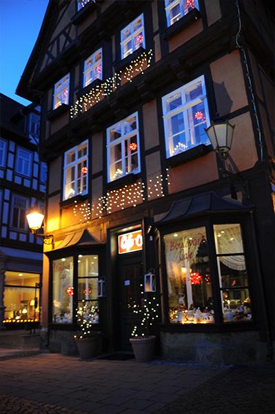 german-street-shoppes-night