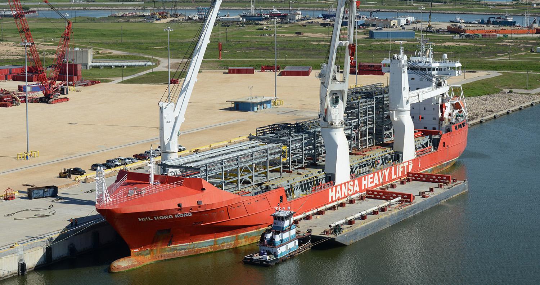 nikon-d850-container-ship-aerial